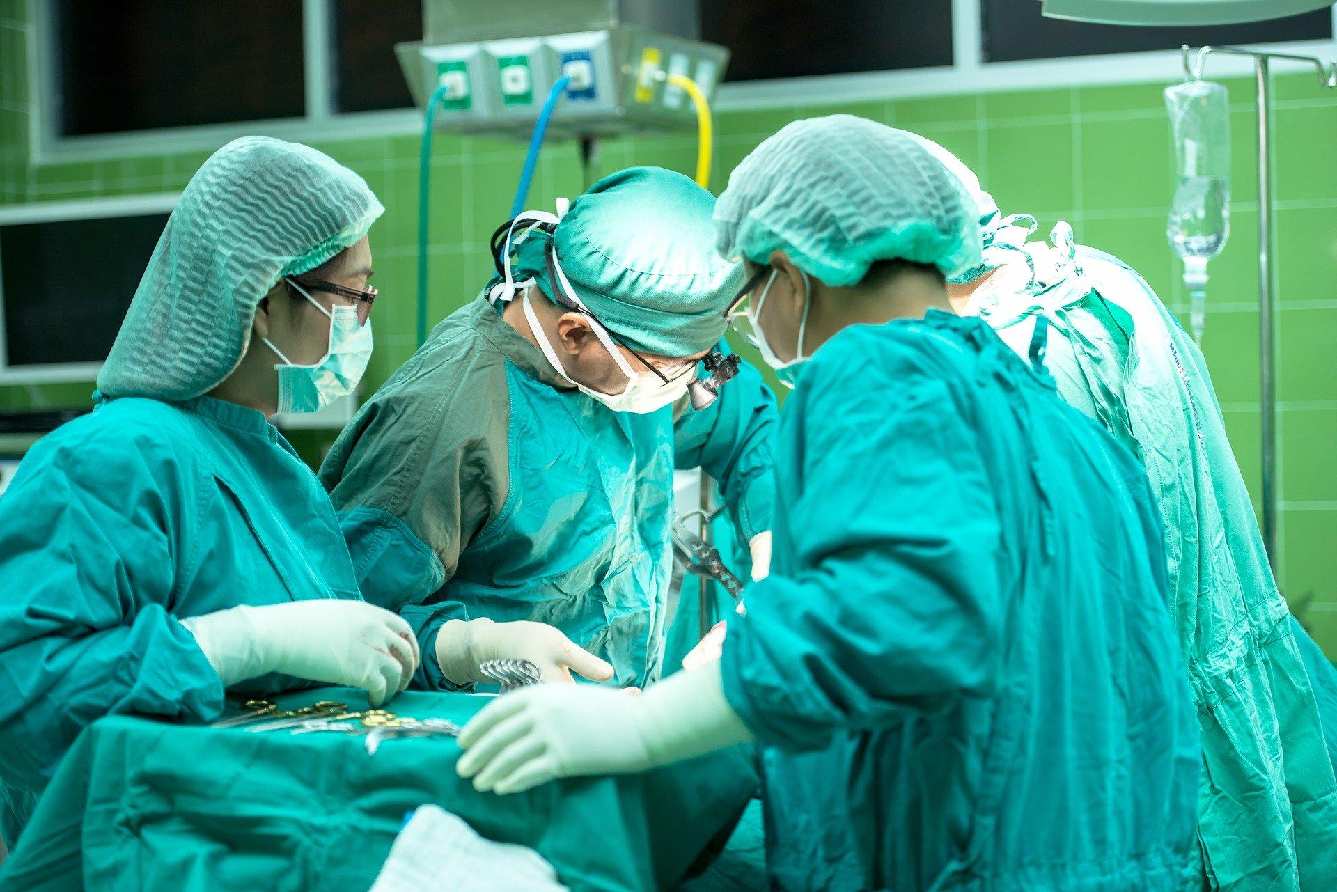 コロナ感染しながら手術をうけたら?