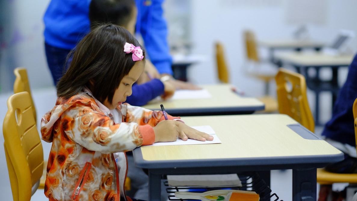 学級閉鎖したらコロナ感染は防げるか